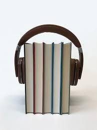 Lydbøger med hovedtelefon på